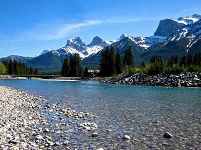 Canmore Bow River Walk in May